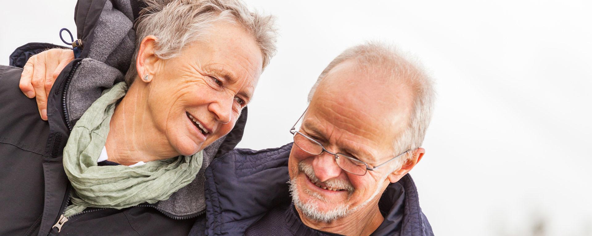 Hyväkysymys.fi tarjoaa tietoa ja tukea ikääntyneille.