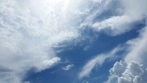 Puolipilivinen taivas